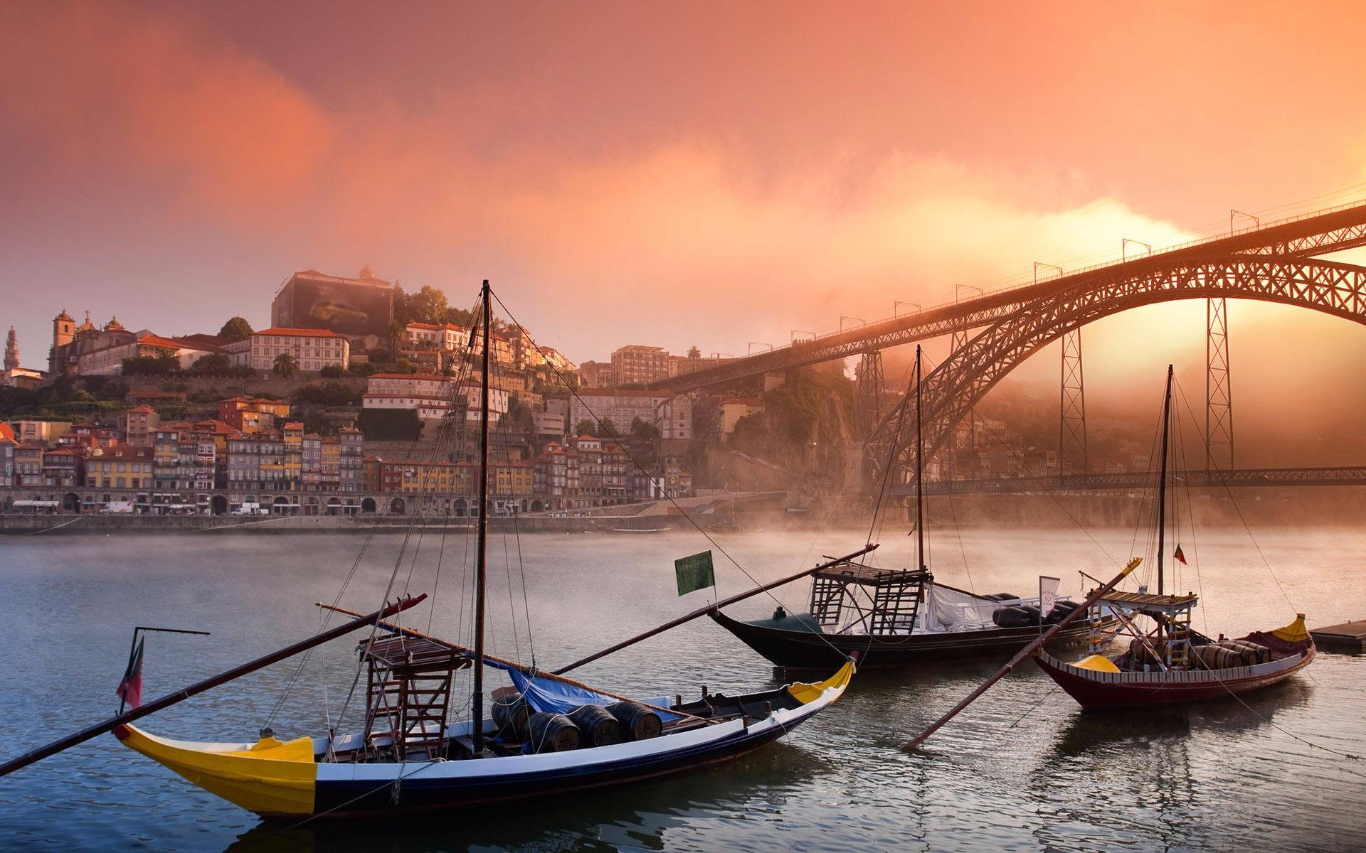 PORTEKİZ & İSPANYA TURU PORTO(1) & FATIMA &  LİZBON (2) & MERİDA & SEVİLLA (1) CORDOBA & GRANADA (2) & MADRİD (2) Türk Havayolları Tarifeli Seferi ile … 10 Aralık  2016 Hareket… 8 Gece Tüm Turlar Dahildir, Extra Tur YokturAntalya/İstanbul/Antalya iç hat bağlantı (tah. 80 euro) Turu