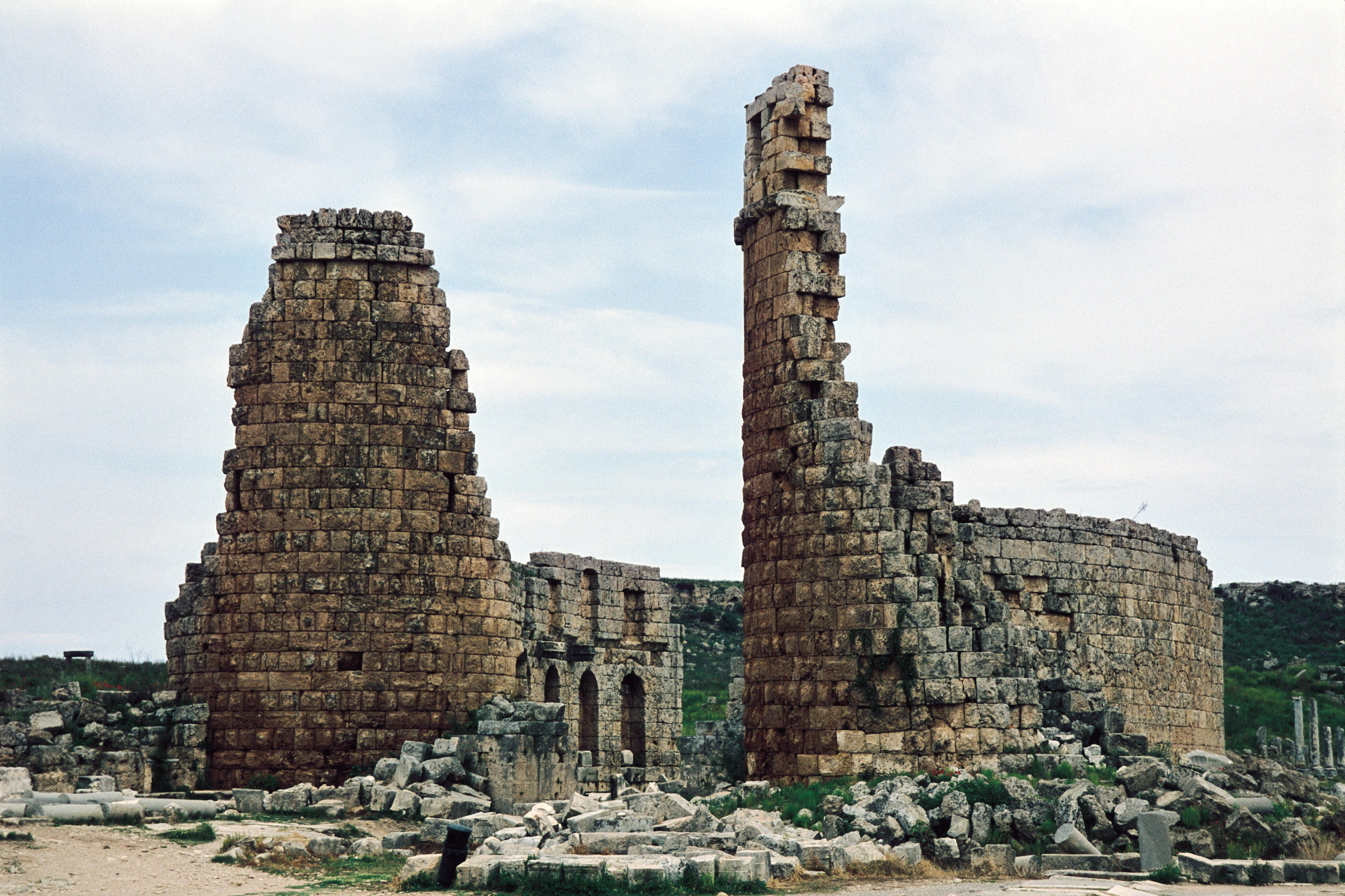 Perge-Aspendos-Kurşunlu Şelalesi Turu