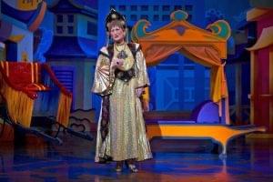 doreen-tipton-as-the-lazy-empress-of-china