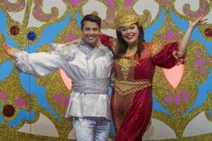 joe-mcelderry-as-aladdin-and-lisa-riley-as-scherezade-the-slave-of-the-ring