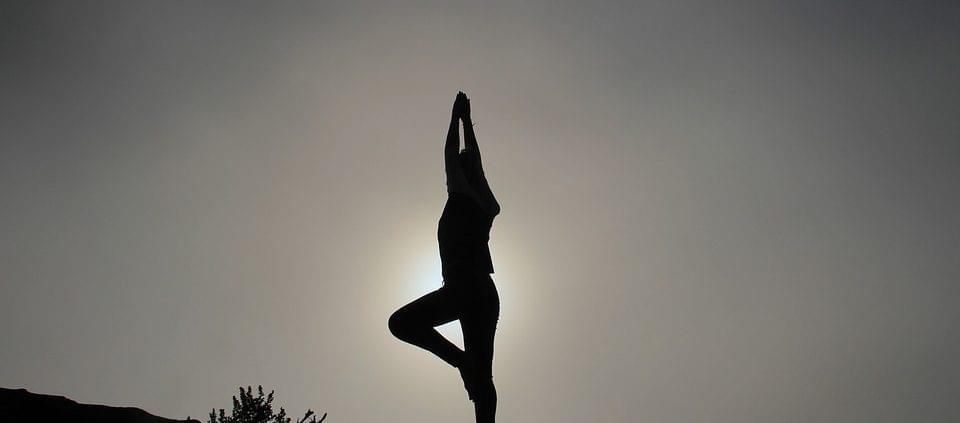 silhouette-1082172_960_720