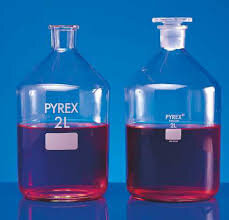 Reagent Bottle Pyrex N/Mouth With Glass