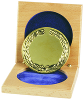 66mm Gold Wreath Medallion  & Wooden Case | T