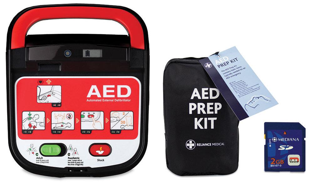 Mediana HeartOn A15 Defibrillator Bundle