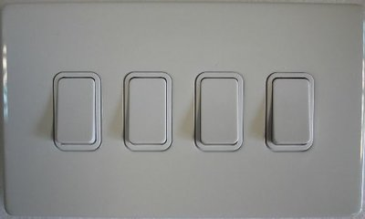 DETA Screwless 4 Gang Switch White Metal White | LV0201.0024