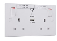 BG WI-FI RANGE EXTENDER SOCKET C/W 2 USB 2.1A WHITE MOULDED
