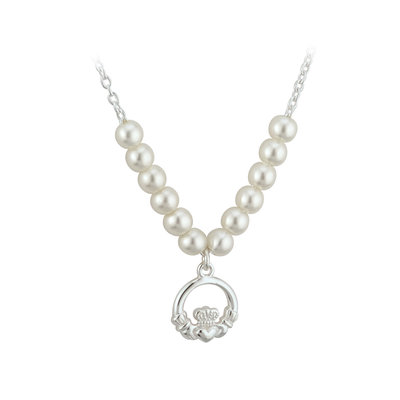 RHODIUM PLATED PEARL CLADDAGH NECKLET (BOXED)