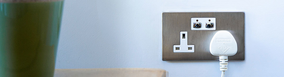 Mi|Home Smart Sockets and Plugs : Save energy and money