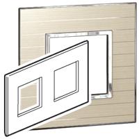 Arteor (British Standard) Plate 2x2 Module 2 Gang Sqaure Casual | LV0501.2722
