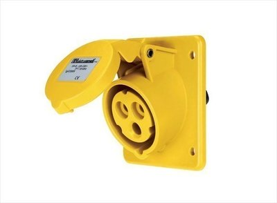 IP44 20'D Inclined Panel Mounting Socket 110-130V 32A