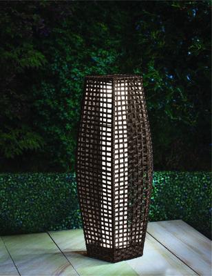 Rattan Effect Solar Outdoor Lamp