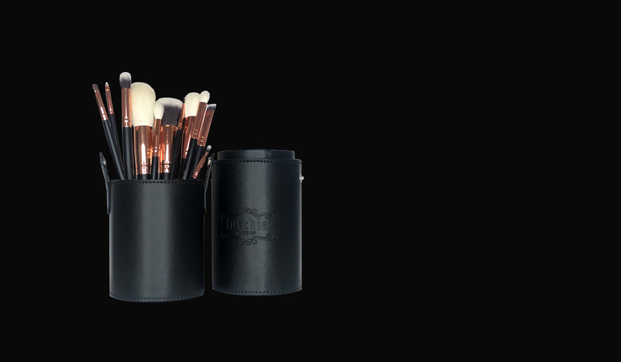 Rose Gold 11 Piece Brush set €25   Not To Be Missed