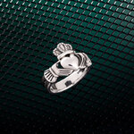 styled image of Solvar mens celtic Claddagh ring S21070