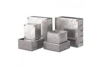 Adaptable boxes  6 x6 x2
