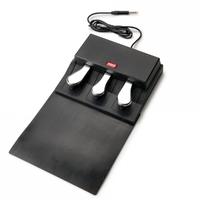 triple pedal black