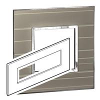 Arteor (British Standard) Plate 8 Module Square Formal | LV0501.0349