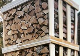 Kiln Dried Logs & Kindling