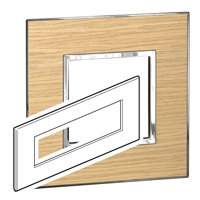Arteor (British Standard) Plate 8 Module Square Light Oak | LV0501.2801