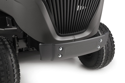 The bonnet has been redesigned to optimise engine power and air intake, and house a larger fuel tank. The external cap makes it easy to access.