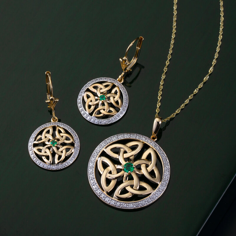 styled image of Solvar round trinity knot necklace S46403 with matching earrings S33951