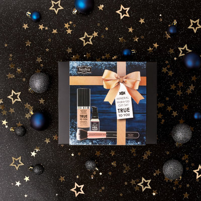 TRUE TO YOU  Mineral Make-Up Gift Set