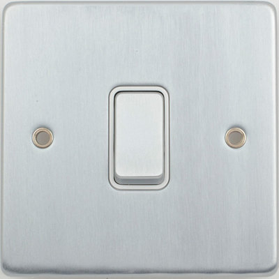 Schneider Ultimate Low Profile 1gang switch Brushed Chrome wuth White Insert | LV0701.0001