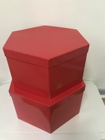 HAT BOX RED HEX SHAPE 34X17/36X19CM