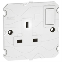 Arteor 1 Gang 13Amp Socket - White  | LV0501.0010