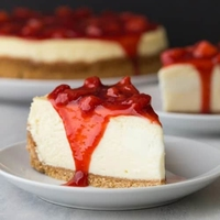 Strawberry Cheesecake-Ministry of Cake-(1.22kg)