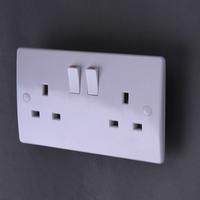 220-250V 50-60Hz 2G 13A single pole socket