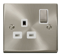Click Litehouse DECO 13A 1G Ingot Switched Socket White Insert Satin Chrome