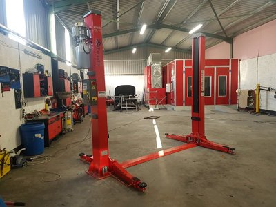 TARANTO 2 Post Car Lift 5 Ton Capacity 230v Electric Release  T25E