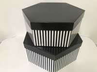 HAT BOX BLACK STRIPE HEX SHAPE 30x13/28x11cm