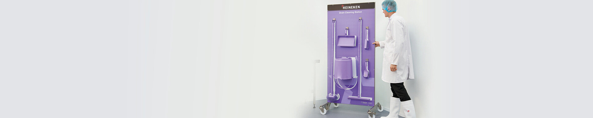"""<span style=""""color:#003b49;font-size:2.5rem""""><b>The world's most</span><span style=""""color:#2e9e46;font-size:2.5rem""""><br>hygienic shadow boards</b><br><br><a href=""""https://www.klipspringer.com/compliance-and-innovation/shadow-boards.html?utm_source=home&utm_medium=banner&utm_campaign=sb"""" class=""""btn green""""><b>Find out why</b></a>"""
