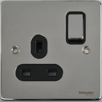 Schneider Ultimate Low Profile 1gang socket Polished Chrome with Black Insert | LV0701.0064
