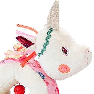 Pull Along Unicorn - close-up