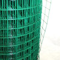 GREEN PLASTIC FENCING 30MTX0.5MX50MM
