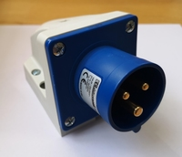IP44 Appliance Inlet 2P+E -16A 200-250V