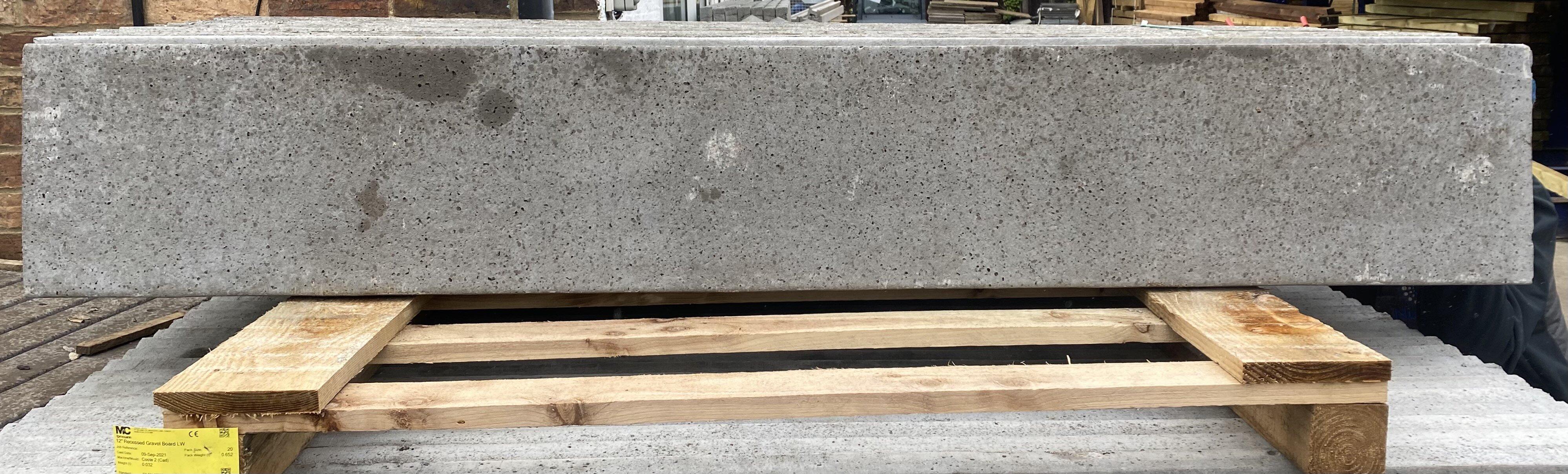 """PLAIN 12""""/300mm x 1.83m CONCRETE GRAVEL BOARD"""