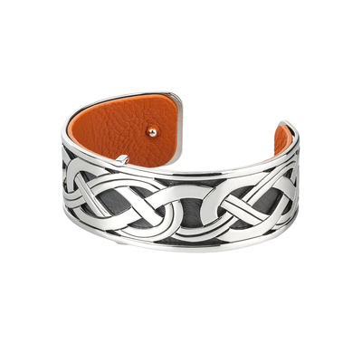 RHODIUM PLATED LEATHER CELTIC CUFF BANGLE(BOXED)