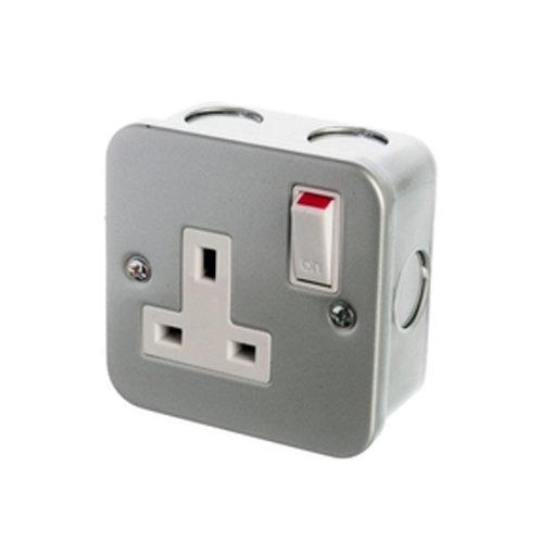 Powermaster 1 Gang Metal Switch Socket