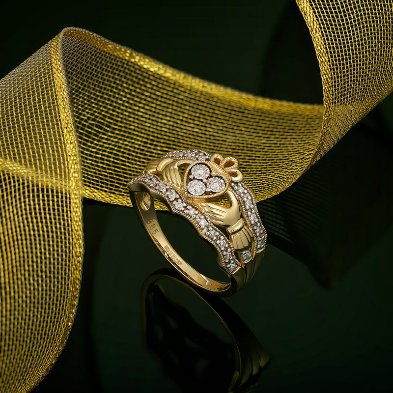 styled image of Solvar diamond claddagh ring S21023