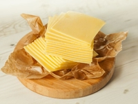Mild Cheddar White Slices 1kg