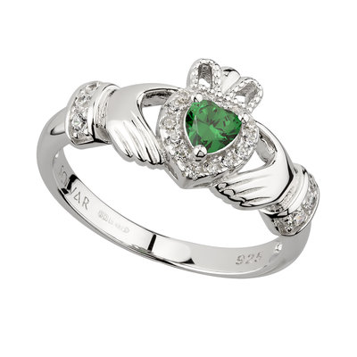 ladies sterling silver green cubic zirconia claddagh ring s21079 from Solvar