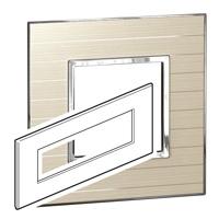 Arteor (British Standard) Plate 8 Module Square Casual | LV0501.2797