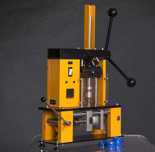 Injection Moulding Machine 230 V, 50 Hz.