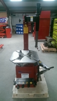 TARANTO Tyre Machine with Swing Arm