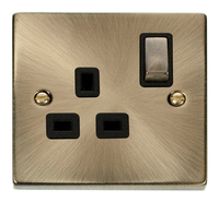 Click Deco Victorian Antique Brass with Black Insert Single switched Socket | LV0101.0013