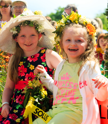 Sophie crowned Brightest at Bloom with her Megawatt Smile