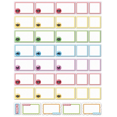 Close up of blank magnetic pieces from our week magnetic family planner